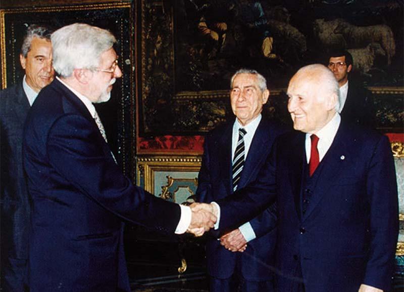 Il Presidente della Repubblica Oscar Luigi Scalfaro riceve la delegazione Aido